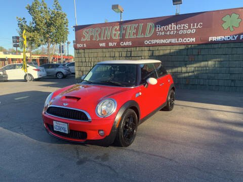 2007 MINI Cooper for sale at SPRINGFIELD BROTHERS LLC in Fullerton CA