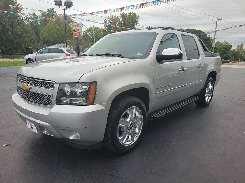 2010 Chevrolet Avalanche for sale at County Seat Motors in Union MO