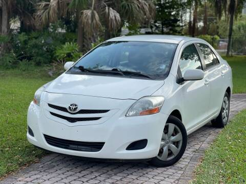 2008 Toyota Yaris for sale at Citywide Auto Group LLC in Pompano Beach FL