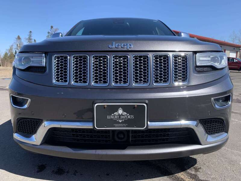 2014 Jeep Grand Cherokee for sale at LUXURY IMPORTS in Hermantown MN