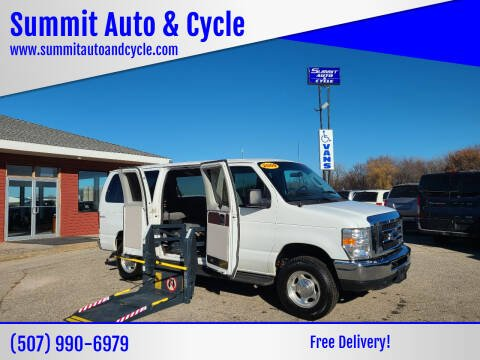 2009 Ford E-Series Wagon for sale at Summit Auto & Cycle in Zumbrota MN