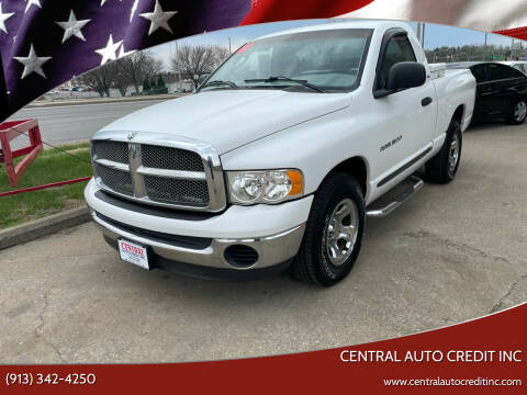 2002 Dodge Ram Pickup 1500 for sale at Central Auto Credit Inc in Kansas City KS