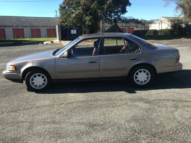 1990 Nissan Maxima for sale at Mike's Auto Sales of Charlotte in Charlotte NC