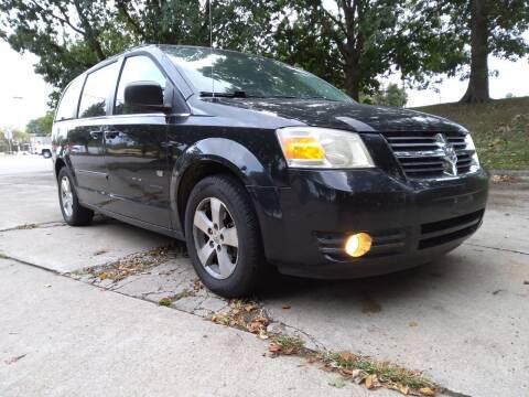 2009 Dodge Grand Caravan for sale at Crispin Auto Sales in Urbana IL