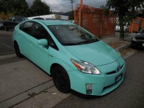 2010 Toyota Prius for sale at ARAX AUTO SALES in Tujunga CA