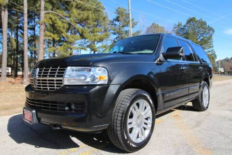 2013 Lincoln Navigator for sale at Oak City Motors in Garner NC