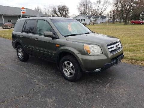 2006 Honda Pilot for sale at CALDERONE CAR & TRUCK in Whiteland IN