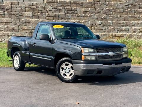 2003 Chevrolet Silverado 1500 for sale at Car Hunters LLC in Mount Juliet TN