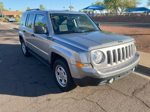 2015 Jeep Patriot for sale at Premier Motors AZ in Phoenix AZ