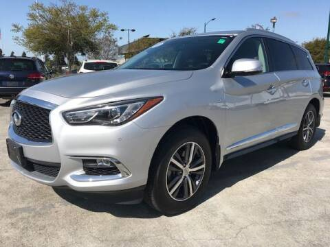 2017 Infiniti QX60 for sale at MISSION AUTOS in Hayward CA