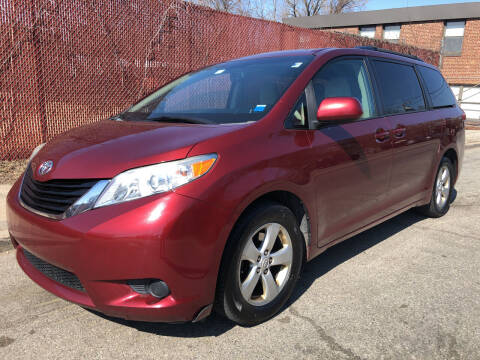 2011 Toyota Sienna for sale at Deleon Mich Auto Sales in Yonkers NY