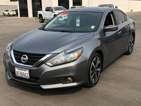 2018 Nissan Altima for sale at Dow Lewis Motors in Yuba City CA
