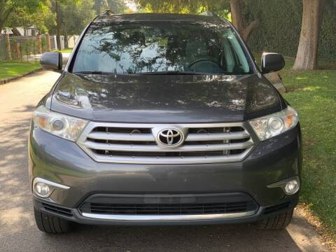 2013 Toyota Highlander for sale at Car Lanes LA in Valley Village CA