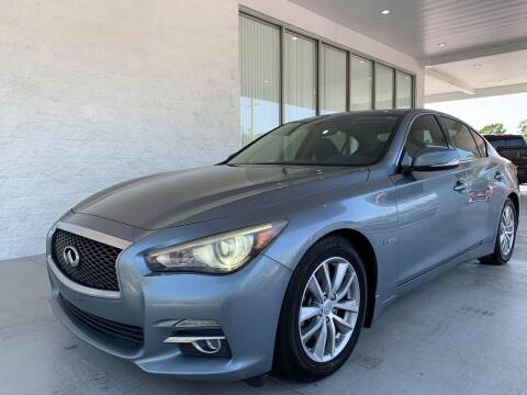 2014 Infiniti Q50 Hybrid for sale at Powerhouse Automotive in Tampa FL