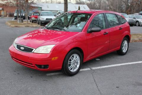2005 Ford Focus for sale at Auto Bahn Motors in Winchester VA