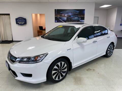 2015 Honda Accord Hybrid for sale at Used Car Outlet in Bloomington IL