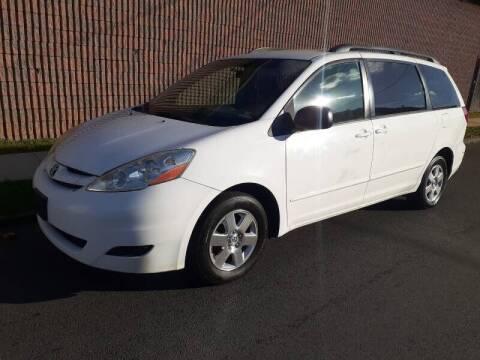 2010 Toyota Sienna for sale at G1 AUTO SALES II in Elizabeth NJ