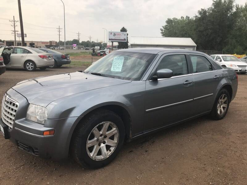 2007 Chrysler 300 for sale at BARNES AUTO SALES in Mandan ND