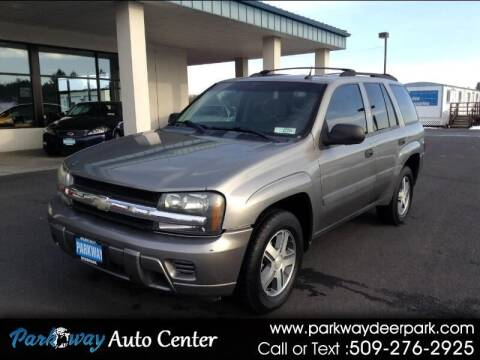 2005 Chevrolet TrailBlazer for sale at PARKWAY AUTO CENTER AND RV in Deer Park WA