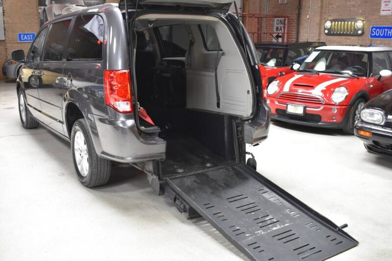 2015 Dodge Grand Caravan for sale at Chicago Cars US in Summit IL