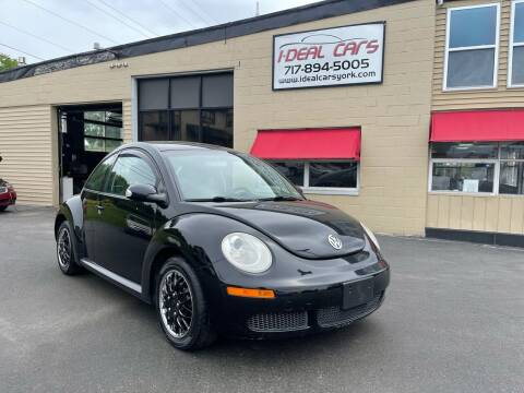 2010 Volkswagen New Beetle for sale at I-Deal Cars LLC in York PA