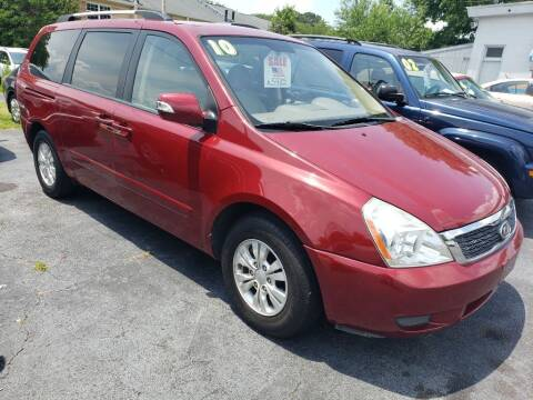 2011 Kia Sedona for sale at Dad's Auto Sales in Newport News VA