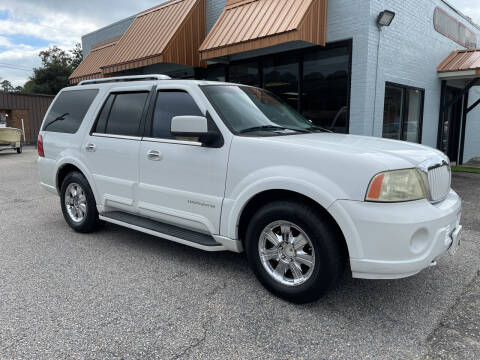 2003 Lincoln Navigator for sale at Ron's Used Cars in Sumter SC