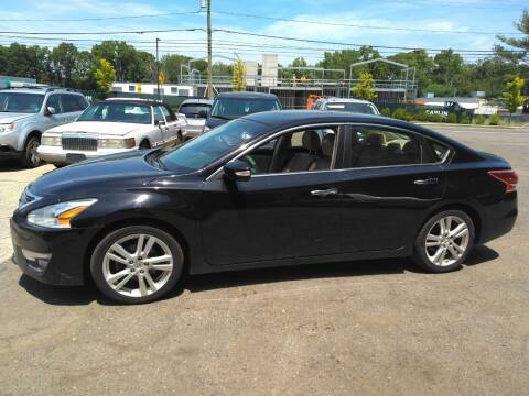 2013 Nissan Altima for sale at Guilford Auto in Guilford CT