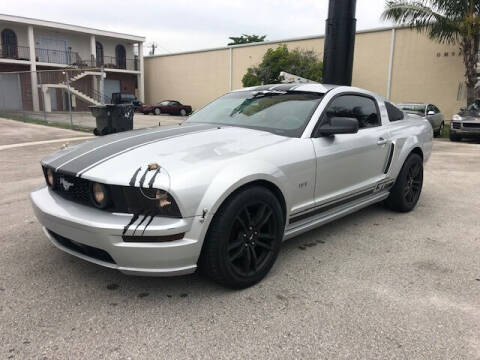 2006 Ford Mustang for sale at Florida Cool Cars in Fort Lauderdale FL
