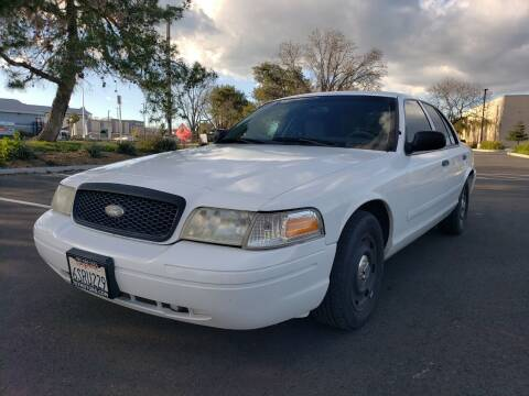 2003 Ford Crown Victoria for sale at 707 Motors in Fairfield CA