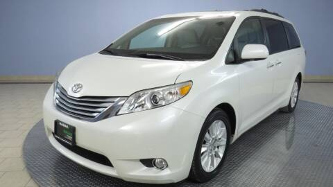 2011 Toyota Sienna for sale at Hagan Automotive in Chatham IL
