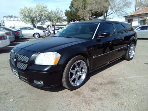 2005 Dodge Magnum for sale at Larry's Auto Sales Inc. in Fresno CA