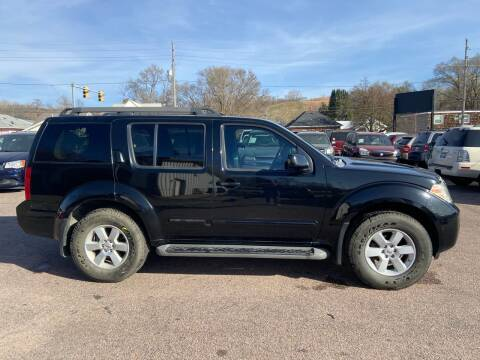 2008 Nissan Pathfinder for sale at RIVERSIDE AUTO SALES in Sioux City IA
