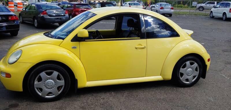 1999 Volkswagen New Beetle for sale at Superior Motors in Mount Morris MI