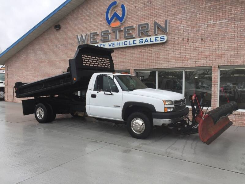 2005 Chevrolet Silverado 3500 for sale at Western Specialty Vehicle Sales in Braidwood IL