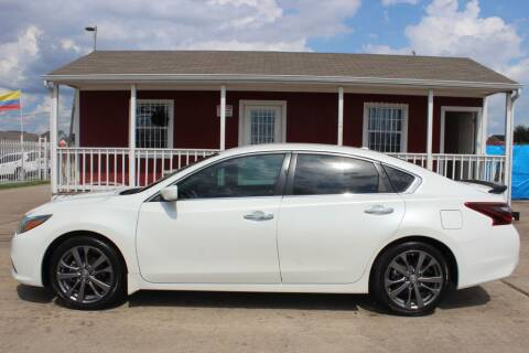 2018 Nissan Altima for sale at AMT AUTO SALES LLC in Houston TX
