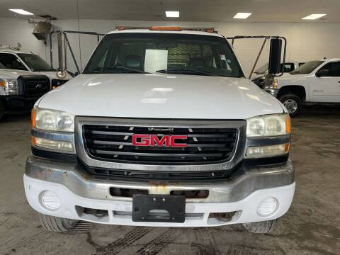 2004 GMC Sierra 3500 for sale at Ricky Auto Sales in Houston TX