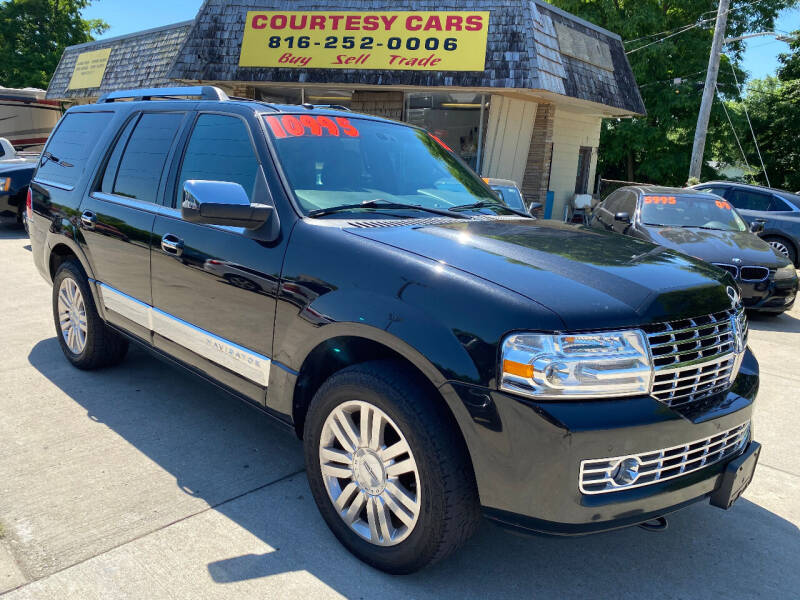 2012 Lincoln Navigator for sale at Courtesy Cars in Independence MO