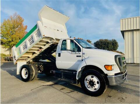 2004 Ford F-650 Super Duty for sale at KARS R US in Modesto CA