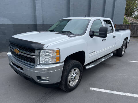 2014 Chevrolet Silverado 2500HD for sale at APX Auto Brokers in Lynnwood WA