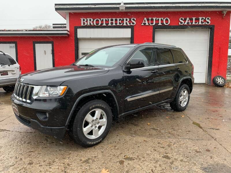 2011 Jeep Grand Cherokee for sale at BROTHERS AUTO SALES in Hampton IA