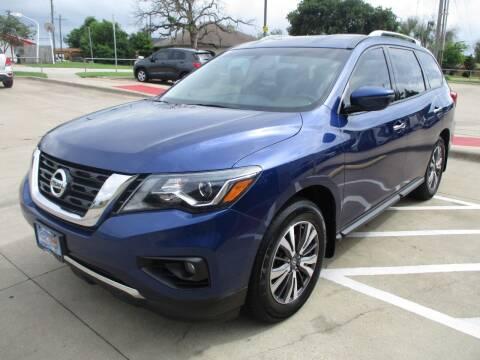 2017 Nissan Pathfinder for sale at Cornerlot.net in Bryan TX