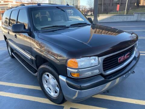 2004 GMC Yukon XL for sale at Supreme Auto Gallery LLC in Kansas City MO
