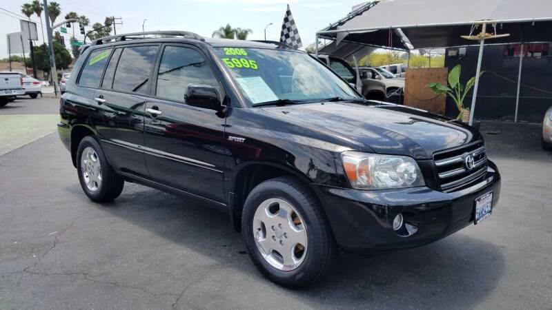 2006 Toyota Highlander for sale at Pauls Auto in Whittier CA