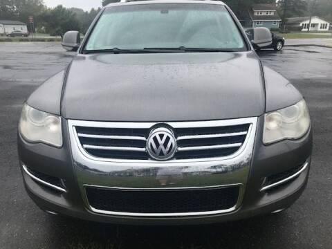 2009 Volkswagen Touareg 2 for sale at J Wilgus Cars in Selbyville DE