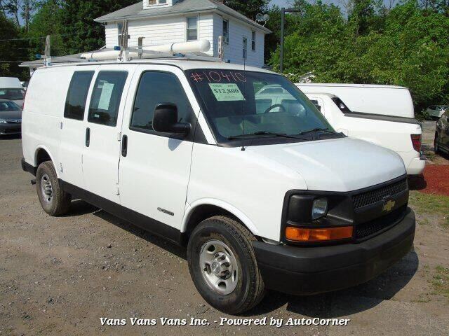 2009 Chevrolet Express Cargo for sale at Vans Vans Vans INC in Blauvelt NY