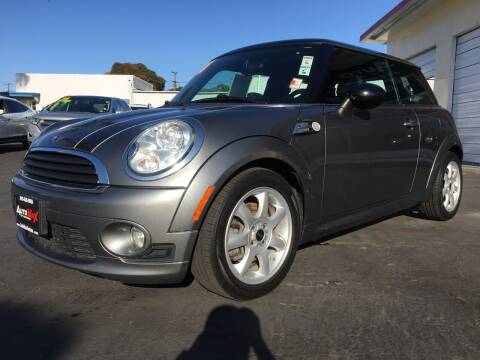 2010 MINI Cooper for sale at Auto Max of Ventura in Ventura CA