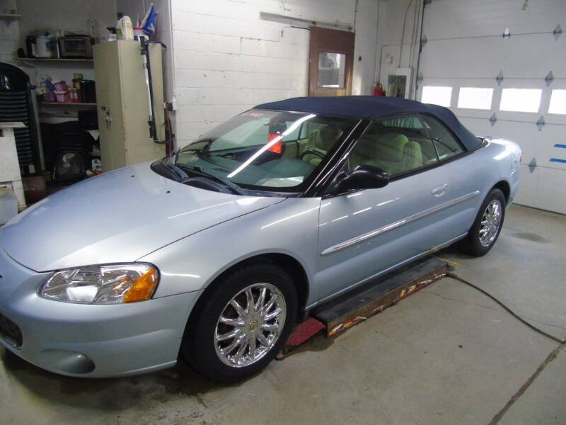 2001 Chrysler Sebring for sale at C&C AUTO SALES INC in Charles City IA