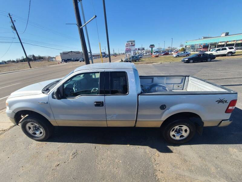 2004 Ford F-150 for sale at HUM MOTORS in Caldwell ID