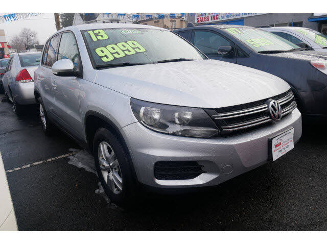 2013 Volkswagen Tiguan for sale at M & R Auto Sales INC. in North Plainfield NJ